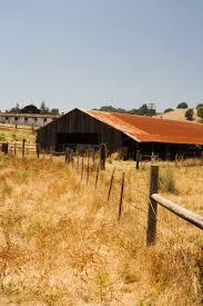 Building A Pole Barn Home How To Build A Pole Barn House Hunker