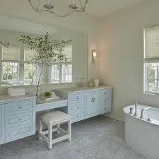Choros Chandelier Kids Bathroom With Separate Washstands Design Ideas