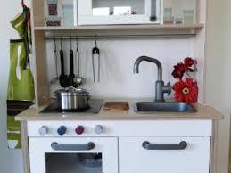 fabriquer une cuisine en bois pour enfant fabriquer une cuisine en bois menuiserie u agencement gerard