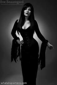 Morticia Addams Halloween Costumes 25 Addams Family Morticia Ideas Morticia