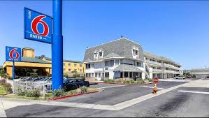 Uc Davis Medical Center Hotels Nearby by Motel 6 Oakland Airport Hotel In Oakland Ca 79 Motel6 Com