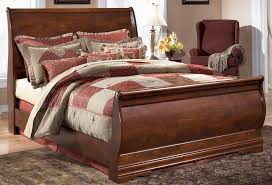Sleigh Bedroom Furniture Wilmington Size Sleigh Bed By Signature Design Tenpenny