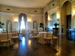 Dining Room Picture Of Oheka Castle Huntington TripAdvisor - Castle dining room