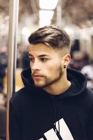 coupe cheveux homme tendance les 25 meilleures idées de la catégorie coiffure homme sur