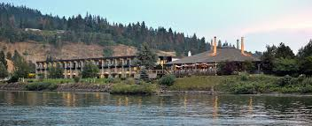 river oregon lodging best western plus river inn waterfront hotel river oregon