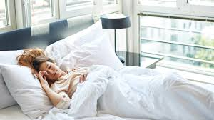 Bed With A Lot Of Pillows Sleep 10 Things That Happen To Your Body When You Don U0027t Get Enough