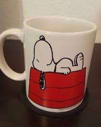 coffee cup designs vintage peanuts snoopy sleeping on dog house coffee cup mug
