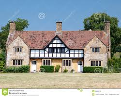 traditional medieval english mansion built in tudor style royalty
