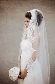 hairstyles with mantilla veil 36 beautiful hairstyles to rock with veils weddingomania