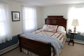Portland Bed And Breakfast Book Pleasant Lake House Bed And Breakfast In Portland Hotels Com