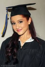 nursing graduation hairstyles with cap graduation cap safe hairstyles loose waves hair style and