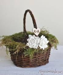 wedding baskets best 25 flower girl basket ideas on flower girl hair