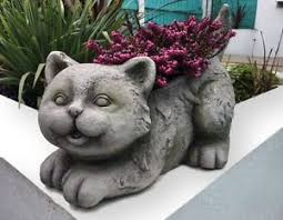 cat effect plant holder and garden ornament statue plant