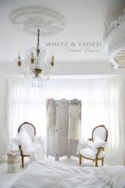Bedroom Ideas For White Furniture 25 Best Vintage White Bedroom Ideas On Pinterest Vintage Style