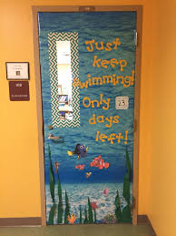 New Year Decorations For Classroom by Best 25 Door Decorations Ideas On Pinterest Class Door