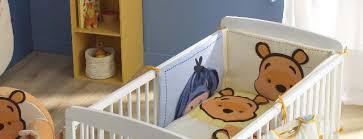 chambre bebe winnie l ourson tour de lit winnie l ourson de disney pour la chambre de bébé pas cher