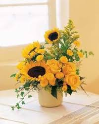 Centerpieces With Sunflowers by Beautiful Arrangement Sunflowers White Roses Yellow