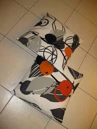 coussins orange coussins orange et gris photo de couturages bidouilles etc