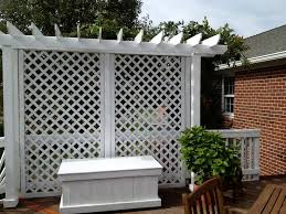 Screen Ideas For Backyard Privacy 30 Best Plenty Of Privacy Images On Pinterest Lattice Fence