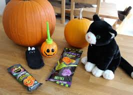 halloween treat basket ideas roseyhome