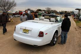 roll royce star some good ol u0027 boys are stunned to see a rolls royce convertible