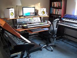 Omnirax Presto Studio Desk What Is This Desk In This Harmony Central