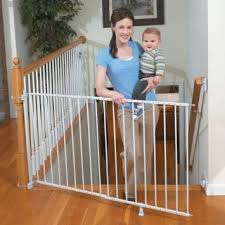 Baby Gate For Bottom Of Stairs With Banister Best Baby Gates For Banisters Smart Home Keeping