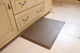 Rubber Kitchen Flooring by Anti Fatigue Mats U0026 Flooring Home Kitchen Bath Smartcells