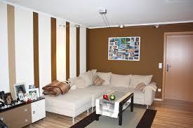 Wohnzimmer Ideen Grau Braun Großartig Farbgestaltung Wohnzimmer Streifen 20 Erstaunlich