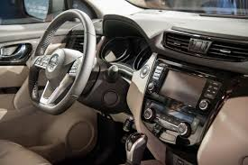 nissan qashqai interior 2017 2017 nissan rogue sport qashqai debut to join the small crossover
