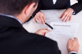 bureau recrutement directeur des ressources humaines salaire études rôle