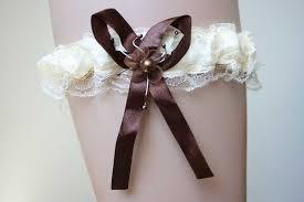 jarretiere mariage jarretière mariée avec noeud ivoire et chocolat accessoire mariage