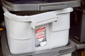 rubbermaid roughneck storage tote failure