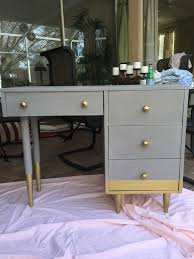 My Gold Desk Best 25 Chalk Paint Desk Ideas On Pinterest Chalk Paint
