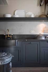 cuisine gris foncé peinture cuisine le gris anthracite une couleur déco tendance