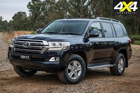 land cruiser toyota australia leads global toyota land cruiser sales 4x4 australia