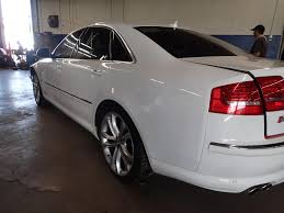 07 08 09 audi s8 rear bumper molding only white