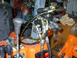 kubota b3200 rear remote install with bh77 hoe