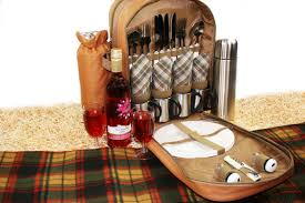 Picnic Basket Set For 4 Picnic Backpack Set For 4 Flask Mugs Picnic Backpack Picnics4fun