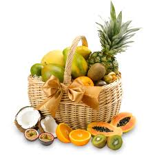 fresh fruit baskets the fresh fruit basket classic gift hers