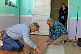 How Much Does It Cost To Get Laminate Flooring Installed Tips U0026 Ideas Laminate Cutter Rental Laminate Floor Cutter