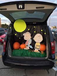 charlie brown and the great pumpkin trunk or treat 2014