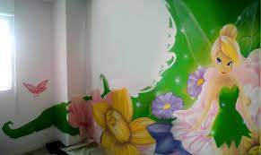 chambre bébé fée clochette décoration graffiti fée clochette