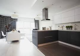 cuisine sol gris cuisine petit coin cuisine style sobre décor en gris anthracite et