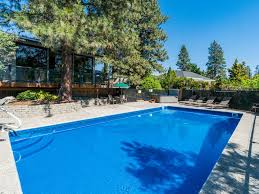 Backyard Pool And Basketball Court Lakeview Home For 12 W Pool Basketball Co Vrbo