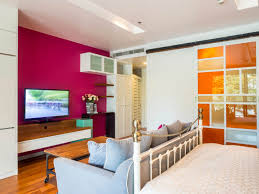 interiorgn modern master bedroom medium hardwood floors ceiling