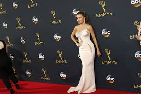 Here L 2016 Super Way Complete List Of 2016 Emmy Nominations And Winners La Times