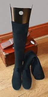 boot trees uk boot shapers adjustable and hanging fast uk despatch the