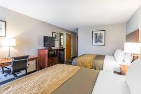 Comfort Suites Omaha Ne Hotels In Omaha Ne Comfort Inn Near Ralston Arena