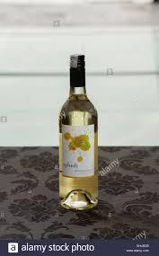 drink table bar splash brand white wine bottle table alcohol sunset full drink